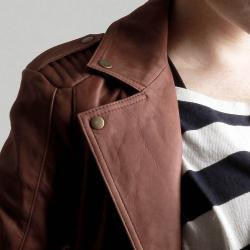United Face Women's Vintage-inspired Textured Leather Moto Jacket - Thumbnail 2