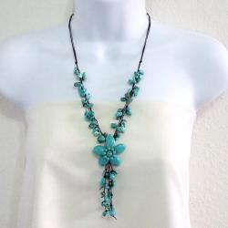 Handmade Reconstructed Turquoise Flower Cluster Necklace (Thailand) - Thumbnail 2