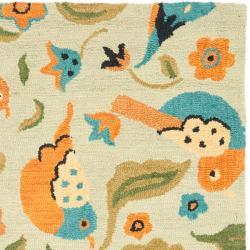 Safavieh Handmade Blossom Swallow Sage Wool Rug (4' x 6') - Thumbnail 1