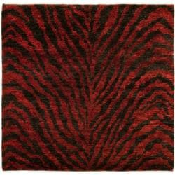 Safavieh Hand-knotted Vegetable Dye Tiger Red/ Black Rug (6' Square)