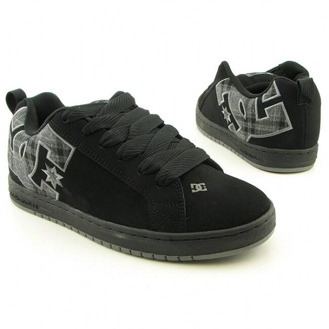 e99d0ffa4219fd Shop DC Shoe Co USA Men's 'Court Graffik SE' Black/Plaid Skate Shoes (Size  8.5) - Free Shipping Today - Overstock.com - 6349772