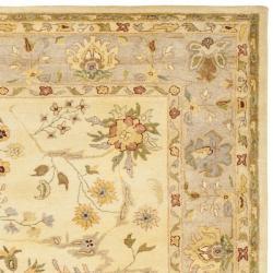 Safavieh Handmade Farahan Ivory/ Light Grey Hand-spun Wool Rug (8' x 10') - Thumbnail 1