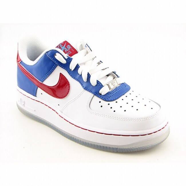 Nike Boys Air Force 1 Prem Low White Basketball Shoes (Size 6)