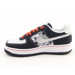 Nike Boys' Air Force 1 Black/ White Basketball Shoes