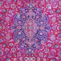 Persian Hand-knotted Mashad Red/ Navy Wool Rug (9'8 x 12'9) - Thumbnail 1