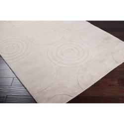 Hand-crafted Ivory Geometric 'Conger' Wool Rug (8' x 11') - Thumbnail 2