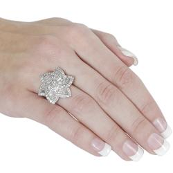 Journee Silvertone Cubic Zirconia Flower Ring - Thumbnail 2
