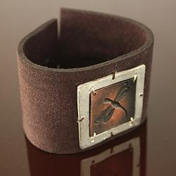 Coppertone Pewter Dragonfly Brown Leather Bracelet (India) - Thumbnail 1
