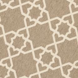 Safavieh Courtyard Geometric Trellis Brown/ Beige Indoor/ Outdoor Rug (6'7 Round) - Thumbnail 2