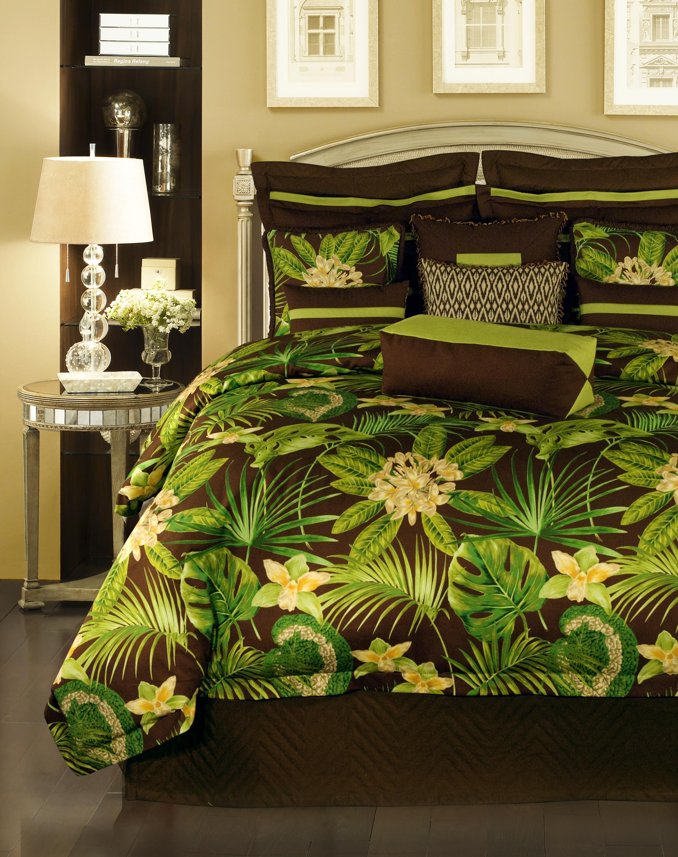 Rose Tree Rainforest 4-Piece King-size Comforter Set
