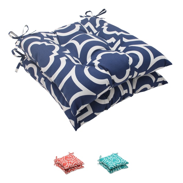 Pillow Perfect Outdoor Carmody Tufted Seat Cushion (Set of 2)