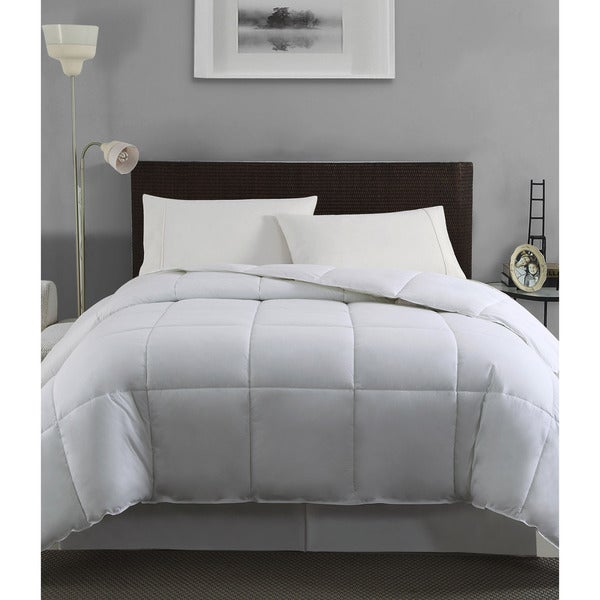 VCNY Down Alternative 200 Thread Count Comforter