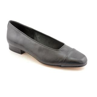 Vaneli Women's 'Frankie' Leather Dress Shoes - Narrow (Size 9.5)