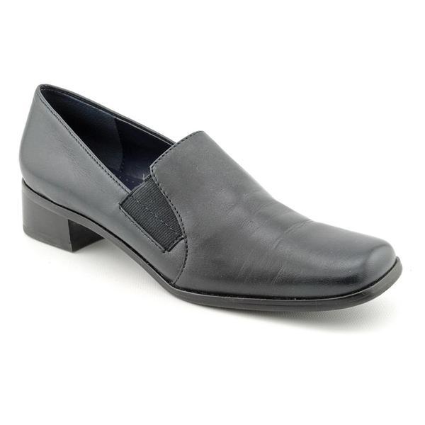 womens dress shoes narrow width