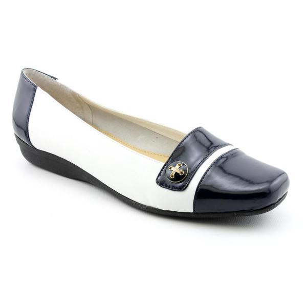Easy Spirit Women's 'Jaynee' Leather Dress Shoes - Wide