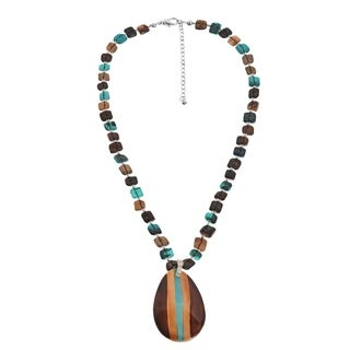 Modern Teardrop Handmade Hammer Shell Necklace (Philippines)