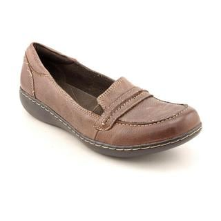 Clarks Women's 'Ashland Lakes' Leather Casual Shoes - Narrow