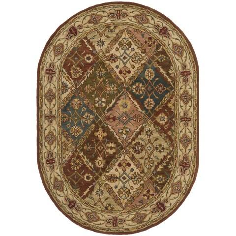 "Safavieh Handmade Heritage Traditional Bakhtiari Beige Wool Rug - 4'6"" x 6'6"" Oval"