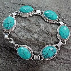 Handmade Sterling Silver 'Lightning in the Sky' Magnesite Bracelet (India)