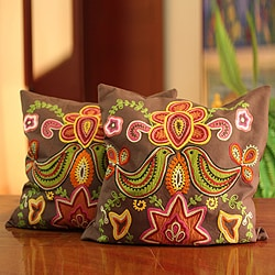 Handmade Set of 2 Cotton 'Choral' Cushion Covers (India)