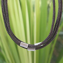 Handcrafted Silver Accent 'Hill Tribe Friend' Necklace (Thailand)
