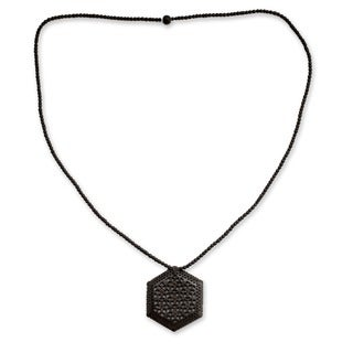 Handmade Ebony Wood 'Mughal Enchantress' Necklace (India)