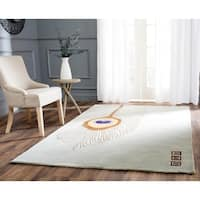 Safavieh Handmade Peacock Feather Grey New Zealand Wool Rug - 3'6 x 5'6'