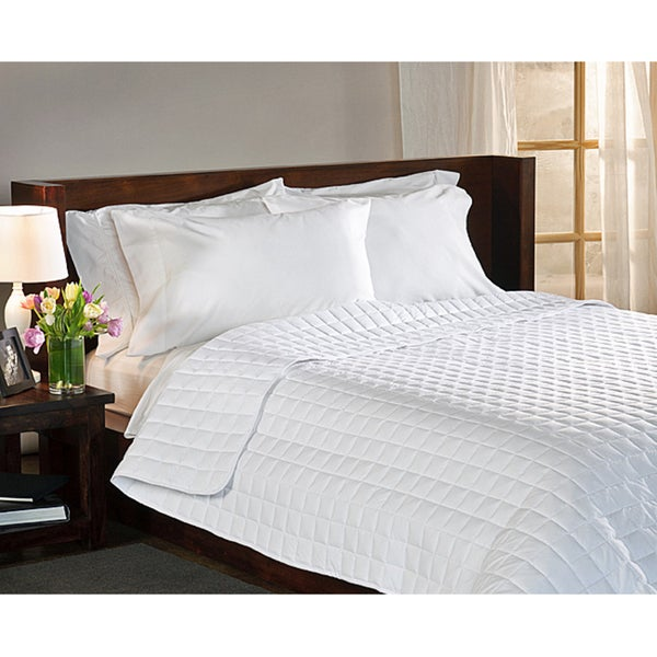 Shop Suite Collection White Down Alternative Comforter Free Shipping