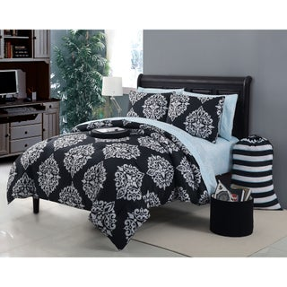 VCNY Daria 11-piece Bed in a Bag with Sheet Set (2 options available)