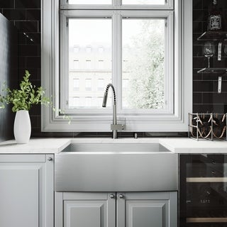"""VIGO All-In-One 30"""" Camden Stainless Steel Farmhouse Kitchen Sink Set With Lincroft Faucet"""