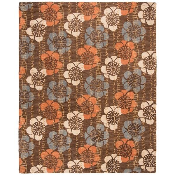 Safavieh Handmade Blossom Brown Wool Rug - 8' x 10'