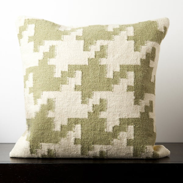 Decorative Harvey Moss Houndstooth 20-inch Feather Down Pillow