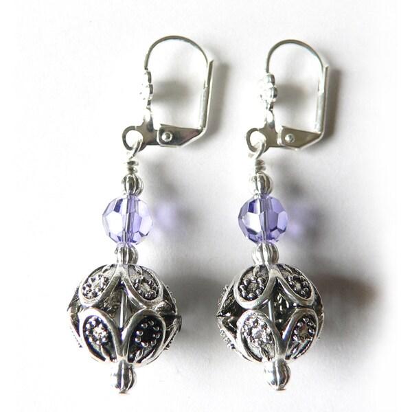 9bdd91aad Shop Tilda' Dangle Earrings - Free Shipping On Orders Over $45 - Overstock  - 7873090
