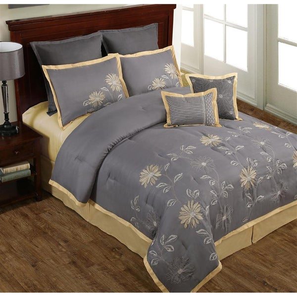 VCNY Mayflower 8-piece Comforter Set