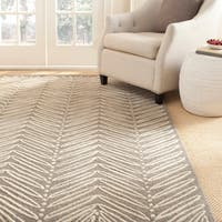 Martha Stewart by Safavieh Chevron Leaves Chamois Beige Wool/ Viscose Rug (4' x 6') - 4' x 6'