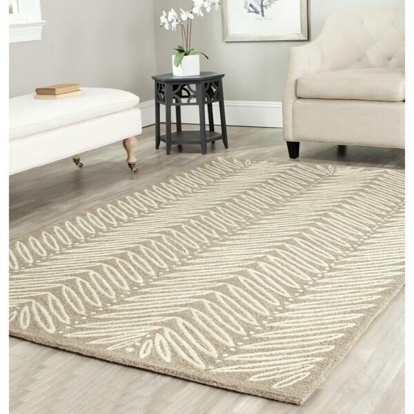 Martha Stewart by Safavieh Chevron Leaves Chamois Beige Wool/ Viscose Rug (5' x 8')