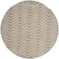Martha Stewart by Safavieh Chevron Leaves Chamois Beige Wool/ Viscose Rug - 6' Round
