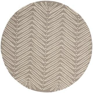 Martha Stewart by Safavieh Chevron Leaves Chamois Beige Wool/ Viscose Rug - 6' Round