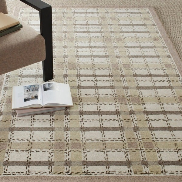 Martha Stewart by Safavieh Colorweave Plaid Sharkey Grey Wool/ Viscose Rug - 5' x 8'