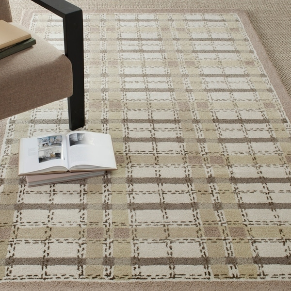 Martha Stewart by Safavieh Colorweave Plaid Sharkey Grey Wool/ Viscose Rug - 5' x 8'