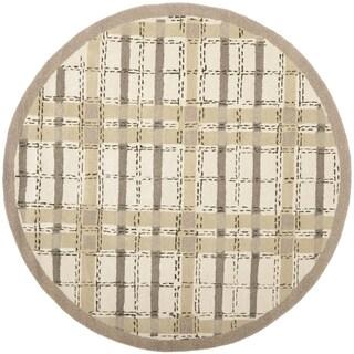 Martha Stewart by Safavieh Colorweave Plaid Sharkey Grey Wool/ Viscose Rug (6' Round)