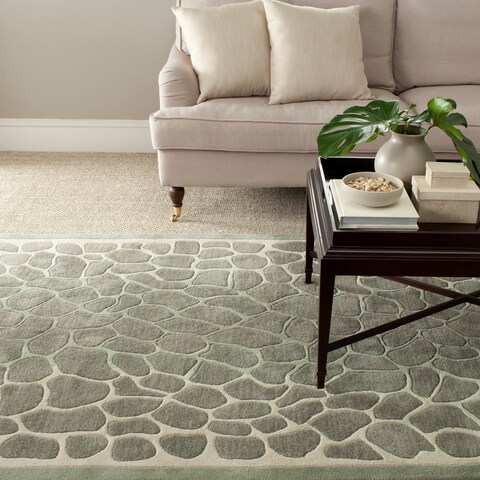 Martha Stewart by Safavieh Arusha Grassland Green Wool/ Viscose Rug - 5' x 8'
