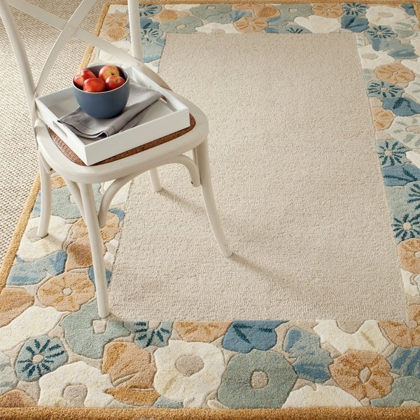 Martha Stewart by Safavieh Poppy Border Cornucopia Beige Wool/ Viscose Rug - 9' x 12'