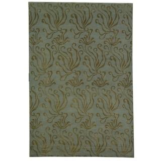 Martha Stewart Seaflora Sea Glass Silk and Wool Rug (5' 6 x 8' 6)