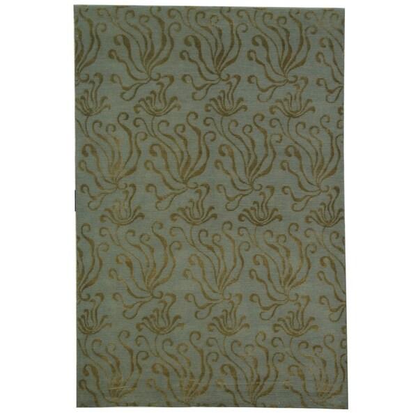 Martha Stewart by Safavieh Seaflora Sea Glass Silk/ Wool Rug - 5'6 x 8'6