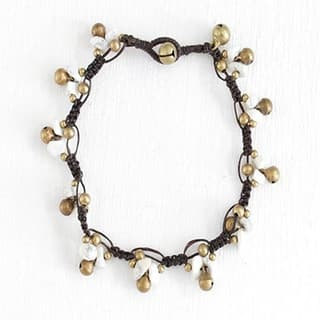 Handmade Shell Anklet with Brass Bells (Thailand)|https://ak1.ostkcdn.com/images/products/7879820/P15262763.jpg?impolicy=medium