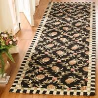 Safavieh Hand-hooked Chelsea Black/ Ivory Wool Rug - 2'6 x 10'