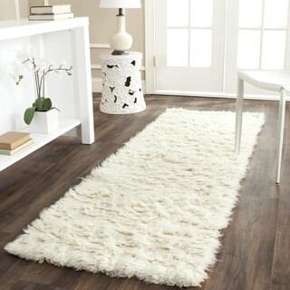 Safavieh Handmade Flokati Ivory Wool Rug (2'3 x 7') - 2'3 x 7'
