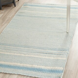 Safavieh Hand-woven Kilim Light Blue/ Ivory Wool Rug - 3' x 5'
