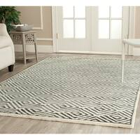 Safavieh Hand-knotted Mosaic Modern Ivory/ Grey Wool/ Viscose Rug - 6' x 9'
